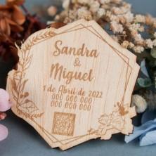 """Invitación de madera""""marco floral"""""""